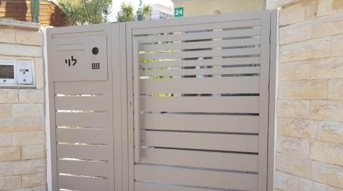 כניסה בטיחותית לביתכם בעיצובי אלומיניום
