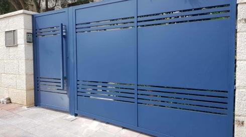 שער כניסה כחול