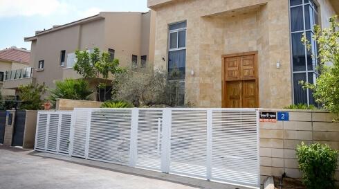 שער כניסה לביתכם